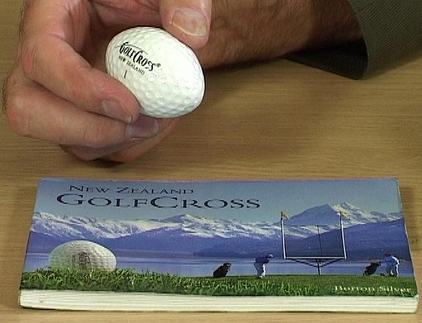 Found any roadside treasure on yer commute?-unusual_golf_balls.jpg