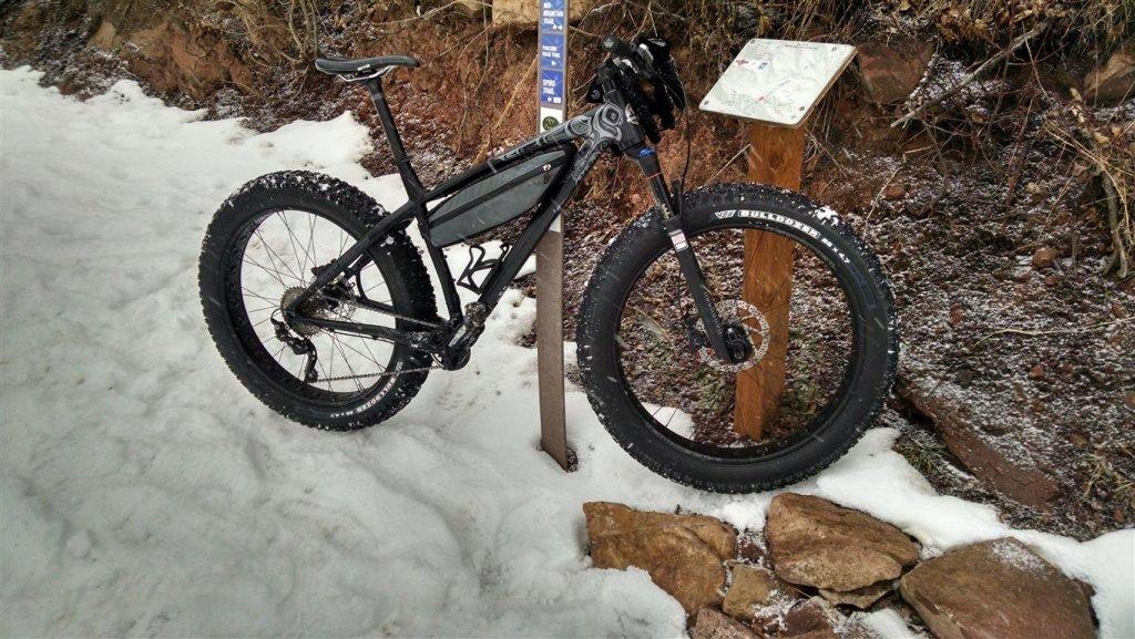 Rocky Mountain Blizzard Fat Bike-up-spiro.jpg