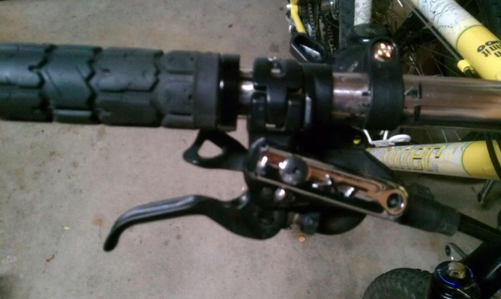XT Brake set up--handlebar cramp...-uploadfromtaptalk1318692320184.jpg