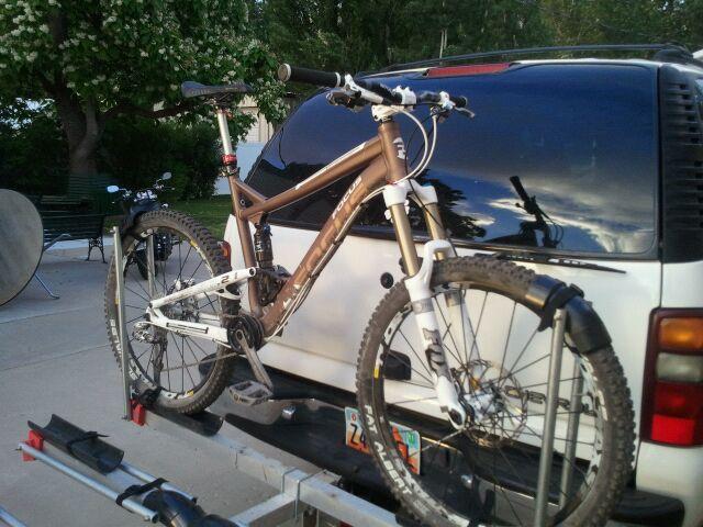 Tire vs frame on hitch bike racks-uploadfromtaptalk1320180194681.jpg
