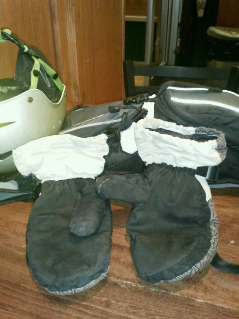 Pogies, lobster gloves or 5 finger gloves?-uploadfromtaptalk1351697071149.jpg