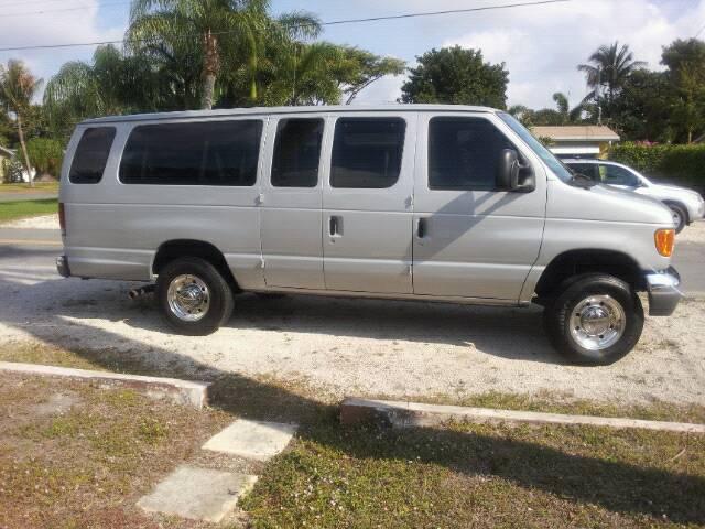 Post up your vans/mini-vans that haul your rigs-uploadfromtaptalk1366233572791.jpg