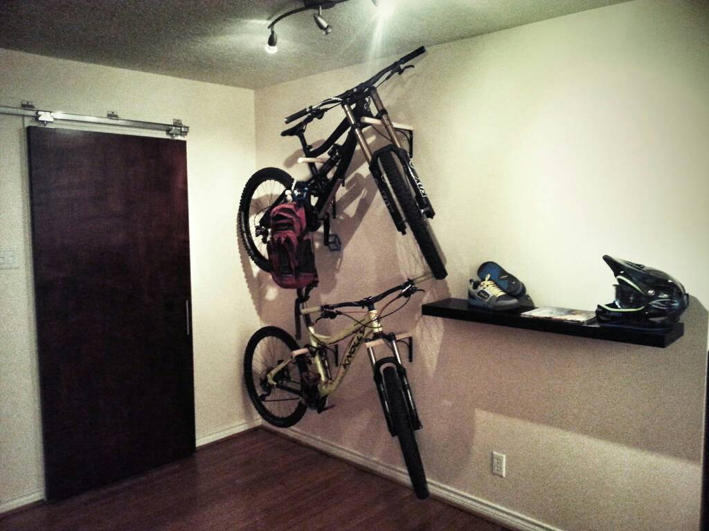 Indoor Bike Stand for DH-uploadfromtaptalk1408126021263.jpg