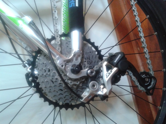 Absolute Black Oval Chainring-uploadfromtaptalk1416623990788.jpg