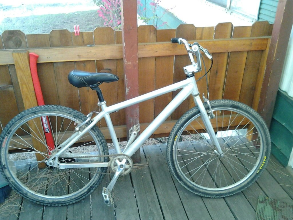 I'm needing help identifing what kind of bike this is....-v__57d6.jpg