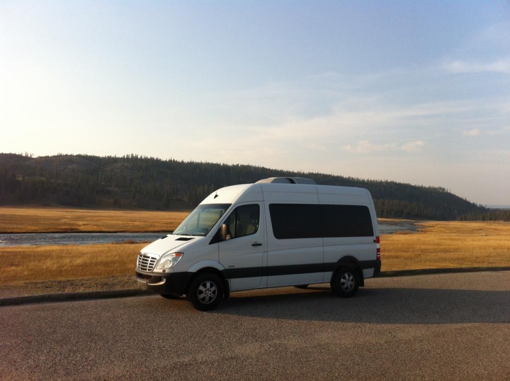 Post up your vans/mini-vans that haul your rigs-van.jpg