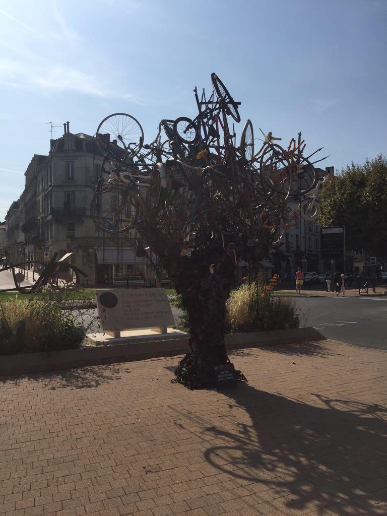 Sad Bikes-vcc2xbl.jpg