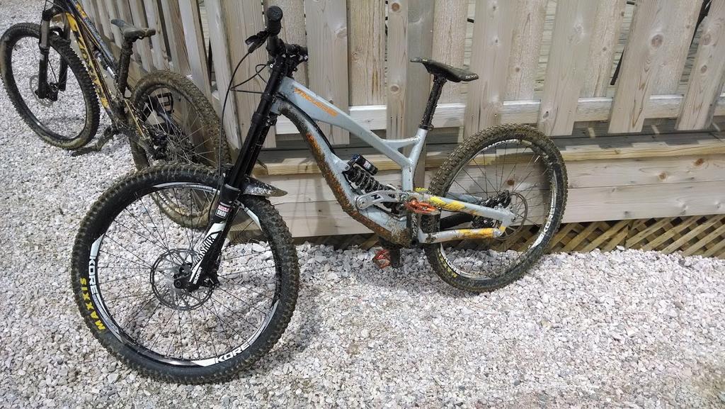 Post Pictures of your 27.5/ 650B Bike-vch0jfbdz26tio9toubokuvkxg_qibrv8cbpmohik6_y3i6kxtmfhiktqo5mymbs66hzldxi6fxtqbbeevrfxfbw0bwopqiw.jpg