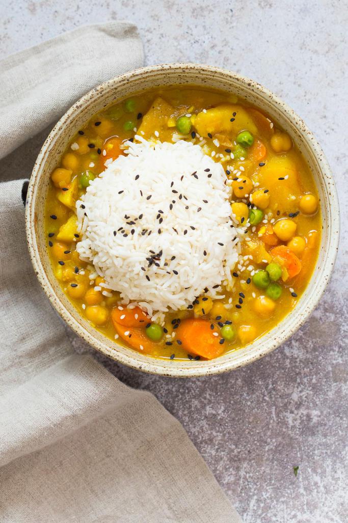 Vegetarian / Vegan / Raw recipes & chat-vegan-japanese-curry-instant-pot-veganricha-8198.cr2_.lr_.jpg