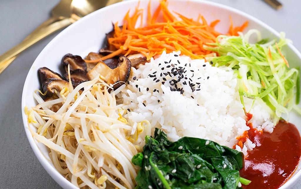 Vegetarian / Vegan / Raw recipes & chat-vegan-korean-bibimbap-3.jpg