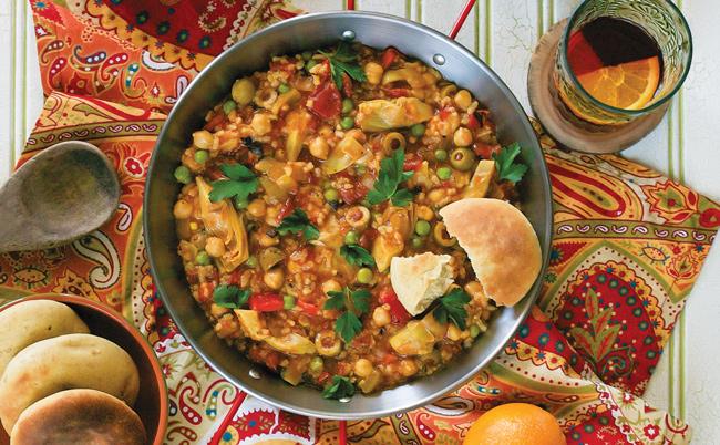 Vegetarian / Vegan / Raw recipes & chat-vegnews.paella.jpg