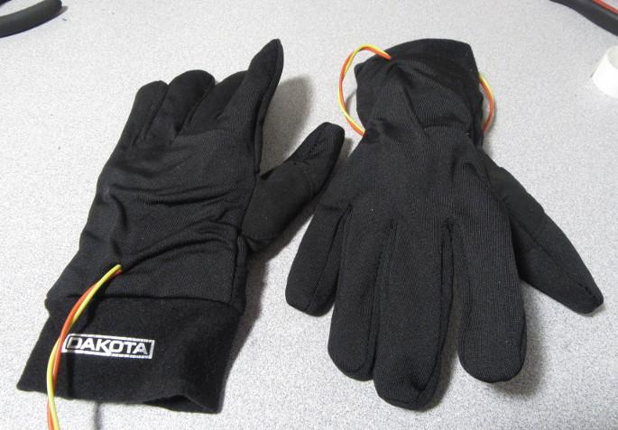 DIY Heated Glove Liners-vers2glove.jpg