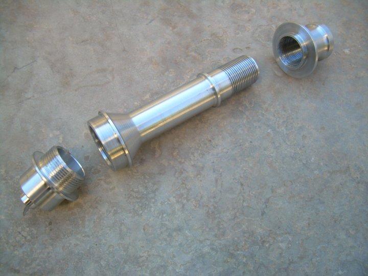 Easily convert a Lefty hub to 9mm QR-vertical-adaptador-lefty-qr9.jpg