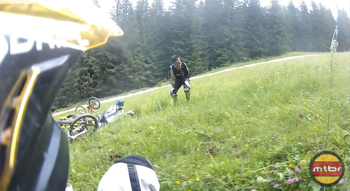 Epic Fail in BIke Park Chatel, France