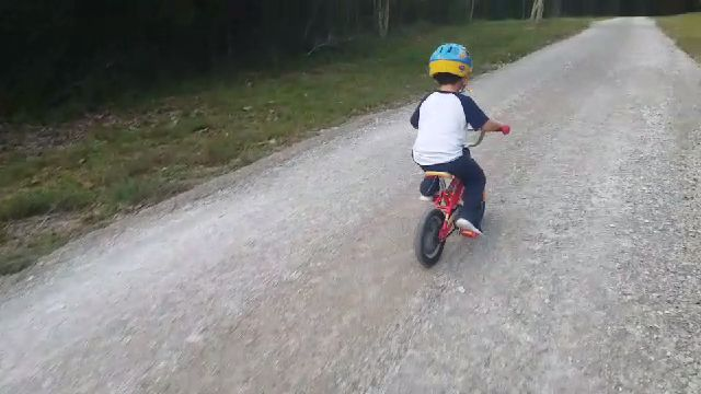 Christmas bike-videocapture_20191015-201542.jpg