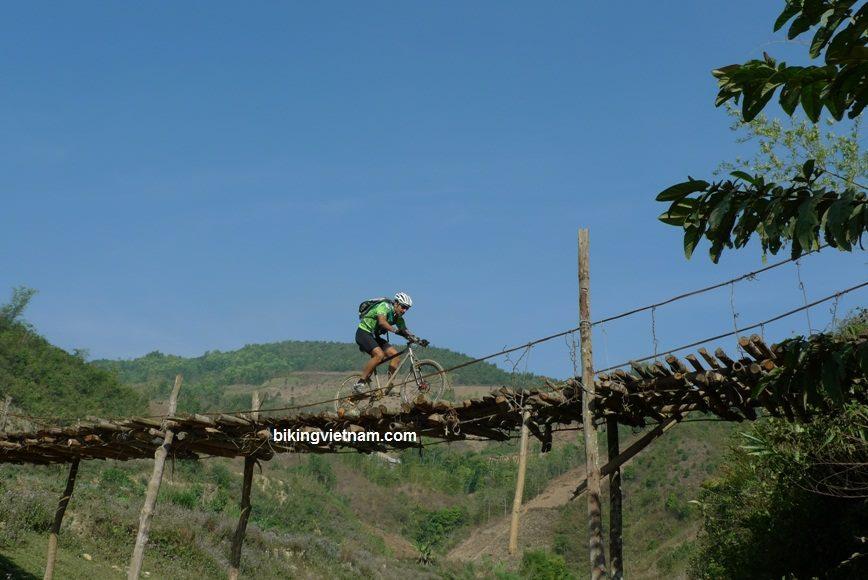 Mountain bike in north Vietnam ? the best adventure mountain bike-vietnam-vtt.jpg