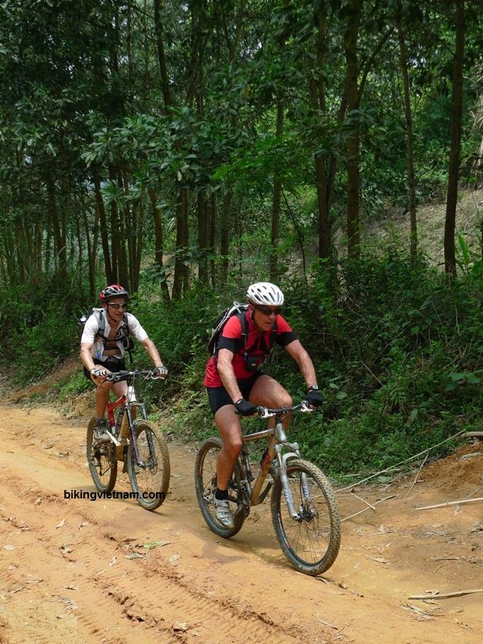 Cycling in Vietnam-vietnam_mountain_bike00030.jpg