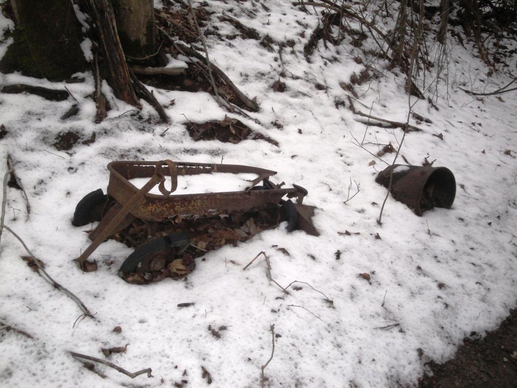 The Abandoned Vehicle Thread-wagon.jpg