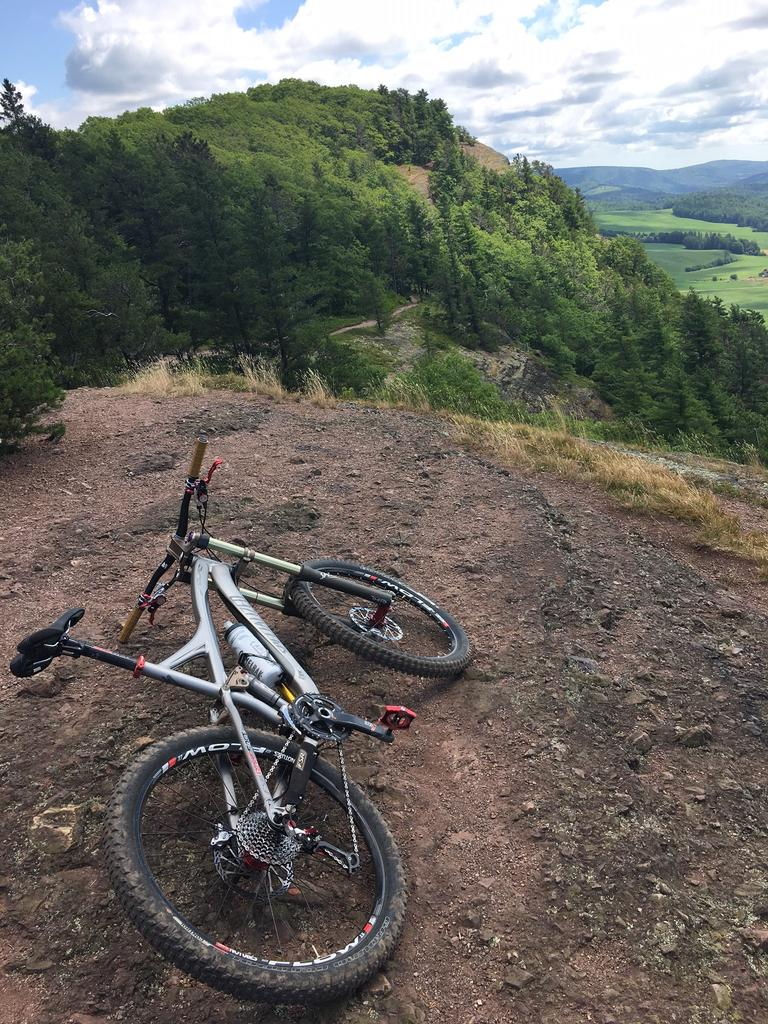 Show us a picture of your 26er MTB that you still use on the trails-wendy1.jpg