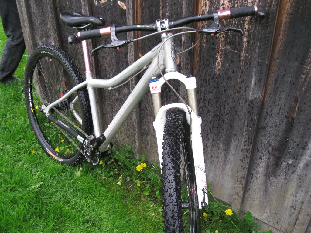 All Our Bikes-wet-spring-ride-2011-006.jpg