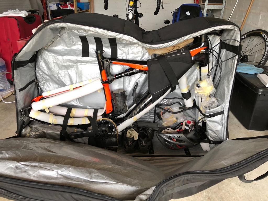 Anyone use EVOC travel bag with Lefty?-whatsapp-image-2018-04-19-7.28.35-pm.jpg