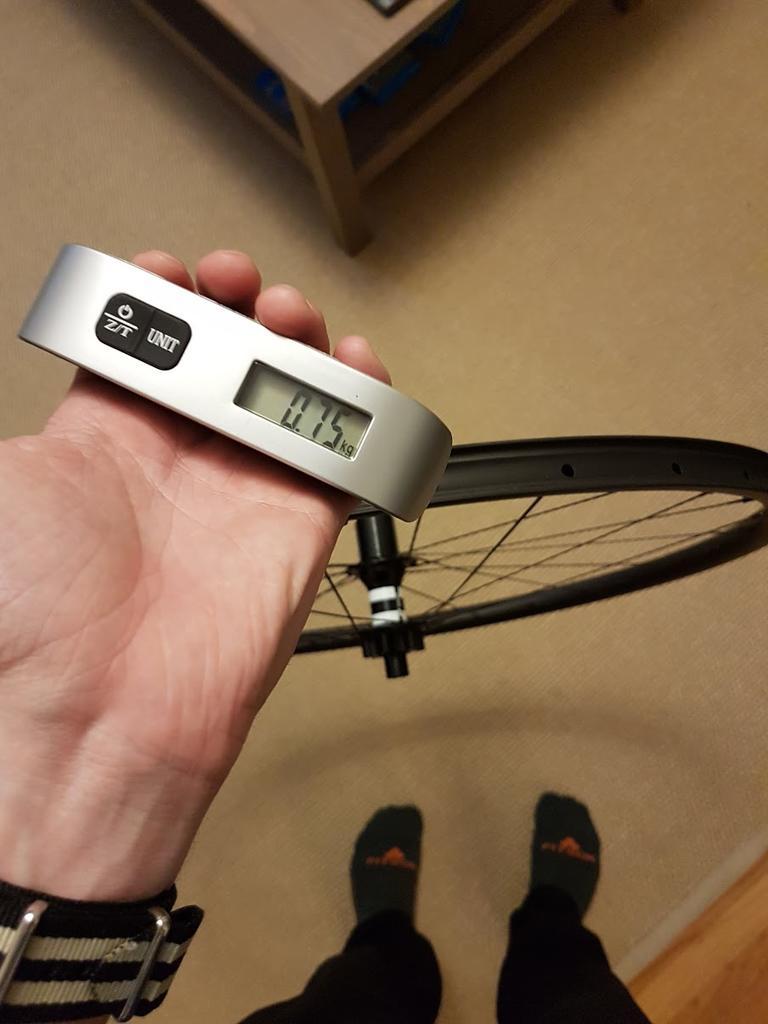 (Cheap) Chinese Carbon Rims?-wheel1.jpg