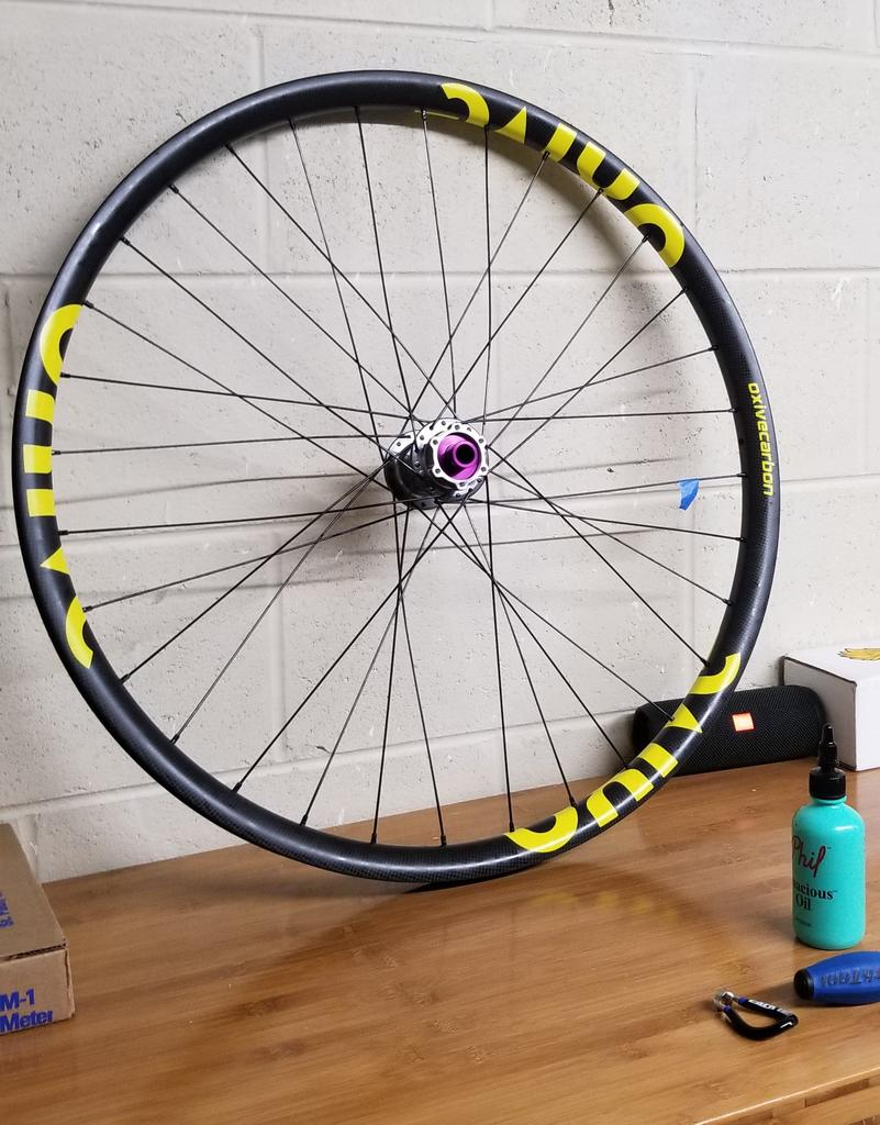 Oxive Carbon Rims and Wheels-wheel2.jpg