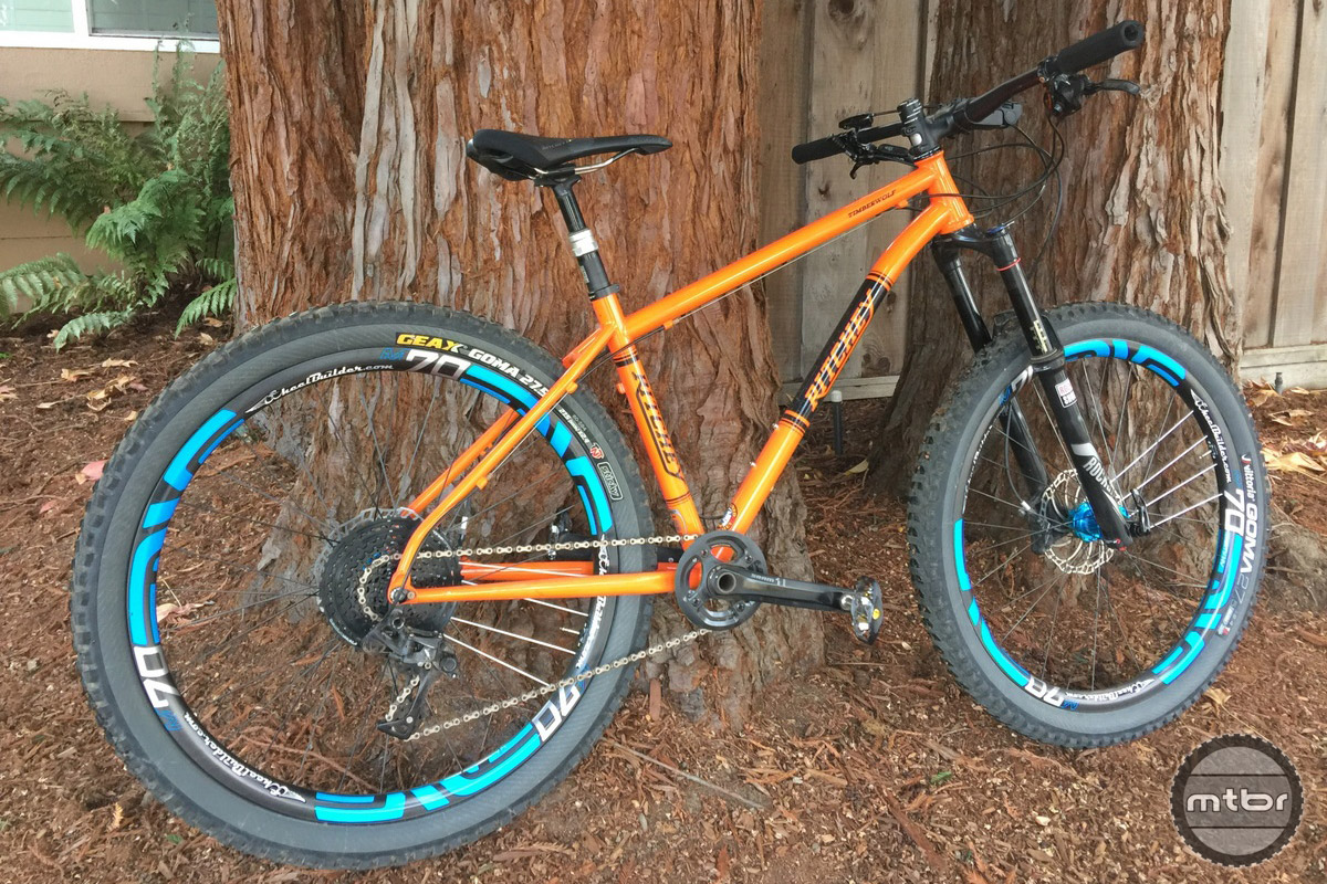 Orange and blue combination on the Ritchey Timberwolf.