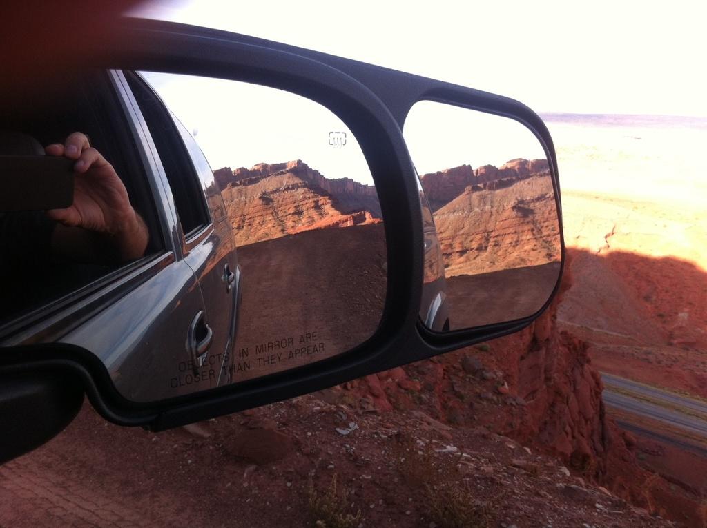 NorCal Rigs that Tacomas Envy-wheelin-mirror.jpg