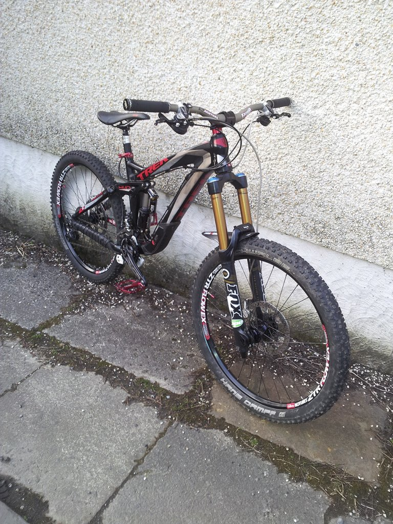 Show us a picture of your 26er MTB that you still use on the trails-wheels22.jpg