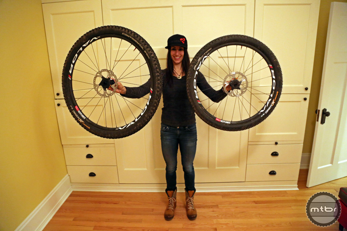 Sonya doesn't discriminate, giving love to both popular MTB wheel sizes.