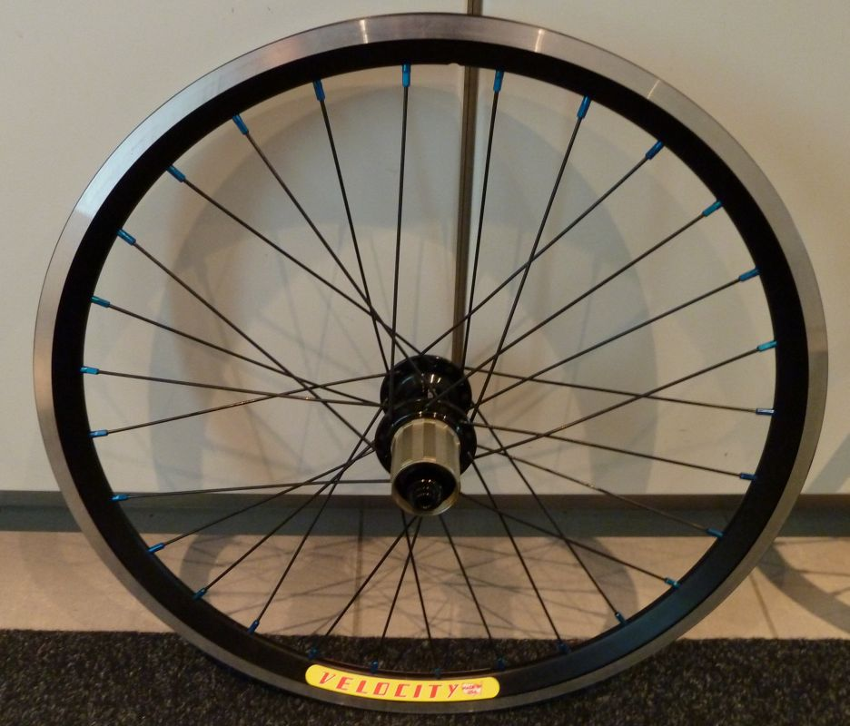 "Sub 20lb Commencal Ramones 20"" Project-wheels_2.jpg"