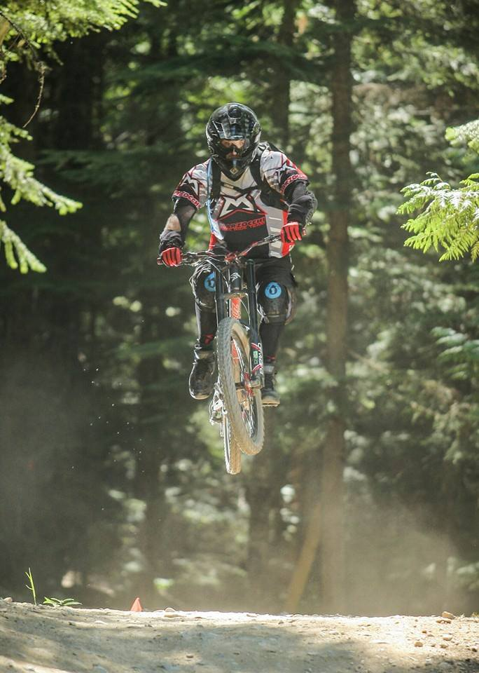 1st day of Whistler...with the wife out front and solo-whis3.jpg