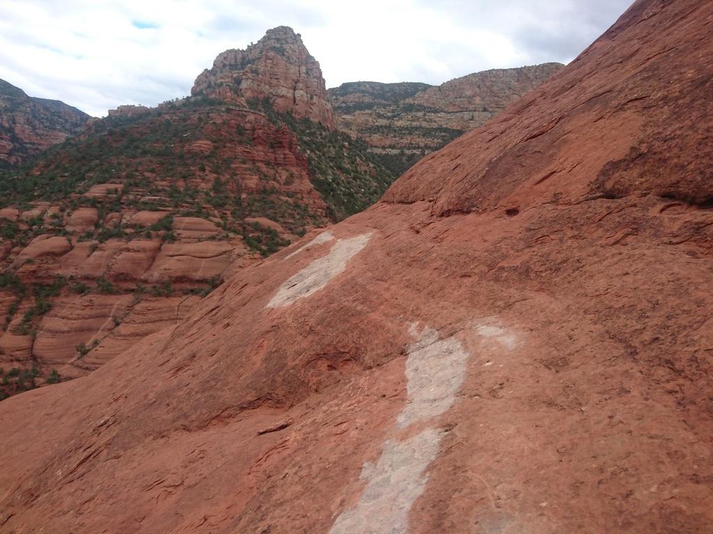 "Arizona ""Must Ride"" Trails-white-line-5.jpg"