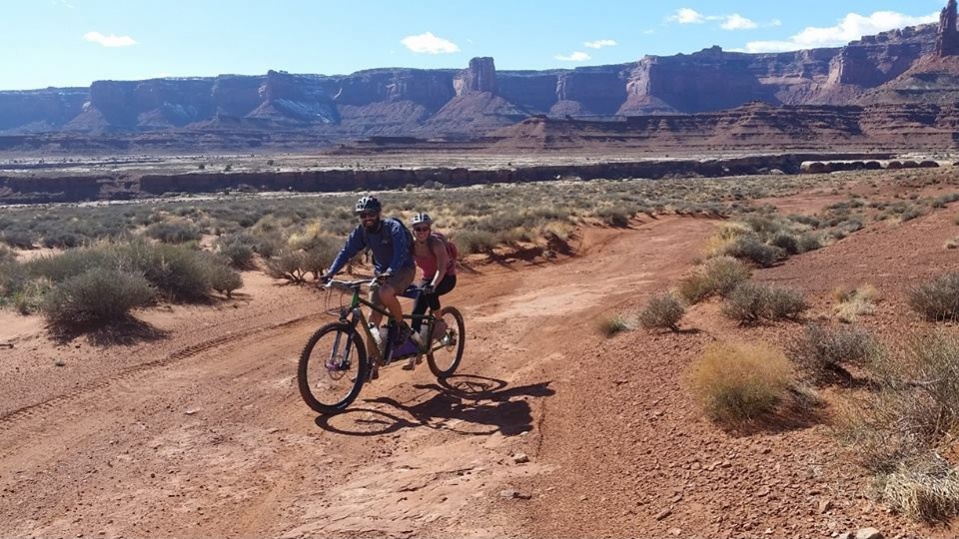 Tandem riding Sedona, AZ, Hurricane, UT, Four Corners Area or other New Mexico-white-rim-tandem.jpg