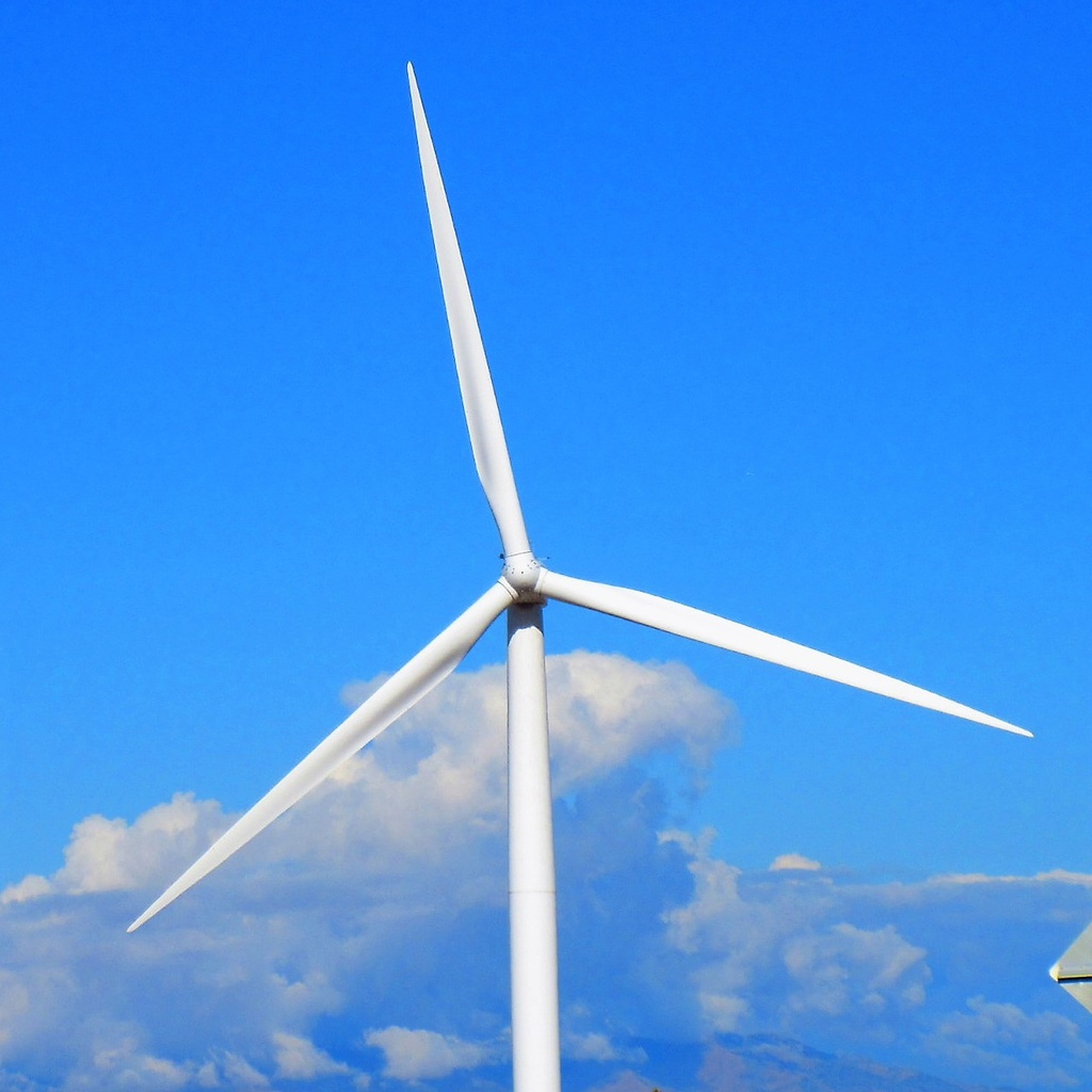 Clouds-wind-power.jpg