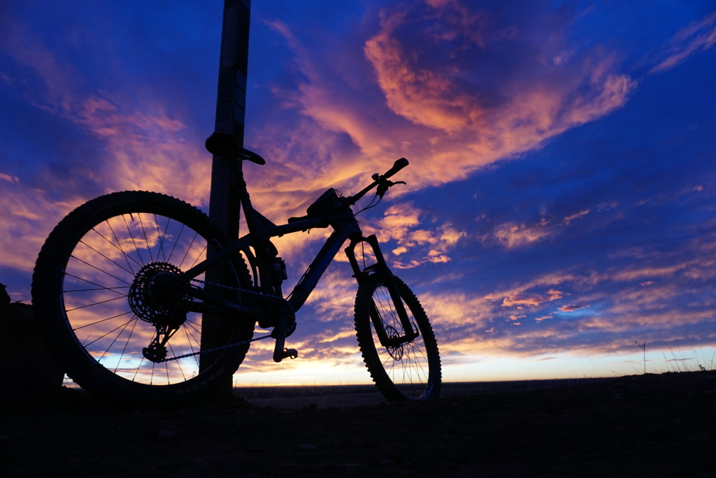 One picture, one line.  No whining. Something about YOUR last ride. [o]-winter-btwd.jpg