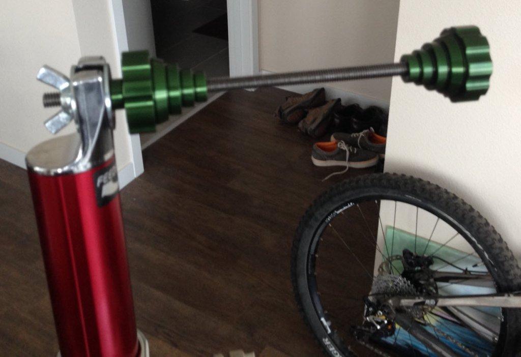Feedback Sports Thru Axle Wheel Adapter 20mm