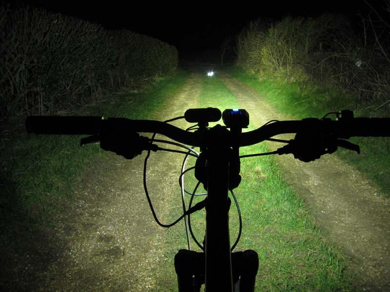 ITUO WIZ XP3 Triple XM- L2 U3 bike light-wiz20ms.jpg