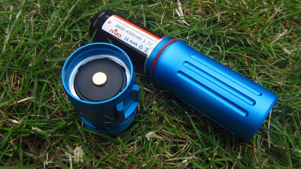 Full Review: ITUO WIZ 1 & 2 900 Lumens USB rechargeable and wireless bicycle light-wiz900-145-.jpg