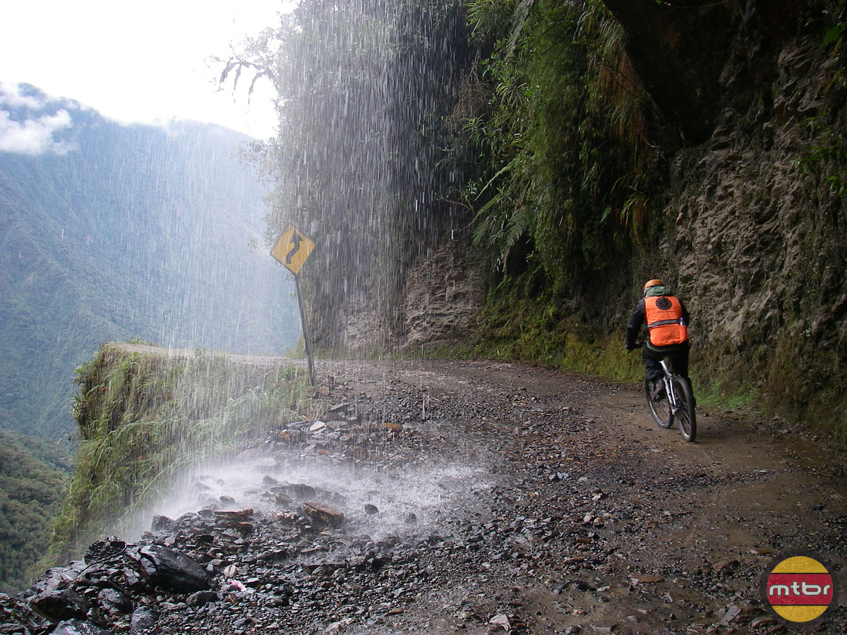 Death Road Mountain Biking Tour