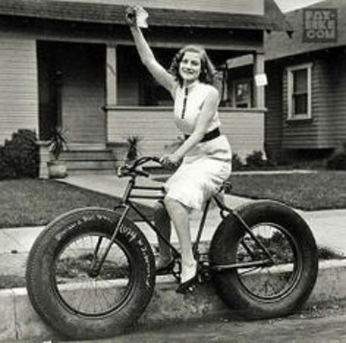 26x5.05 XXL-woman-fat-tire-bike.jpg