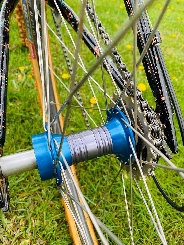 Grove Protoype Woods bike circa 1991-woods-rear-hub.jpg