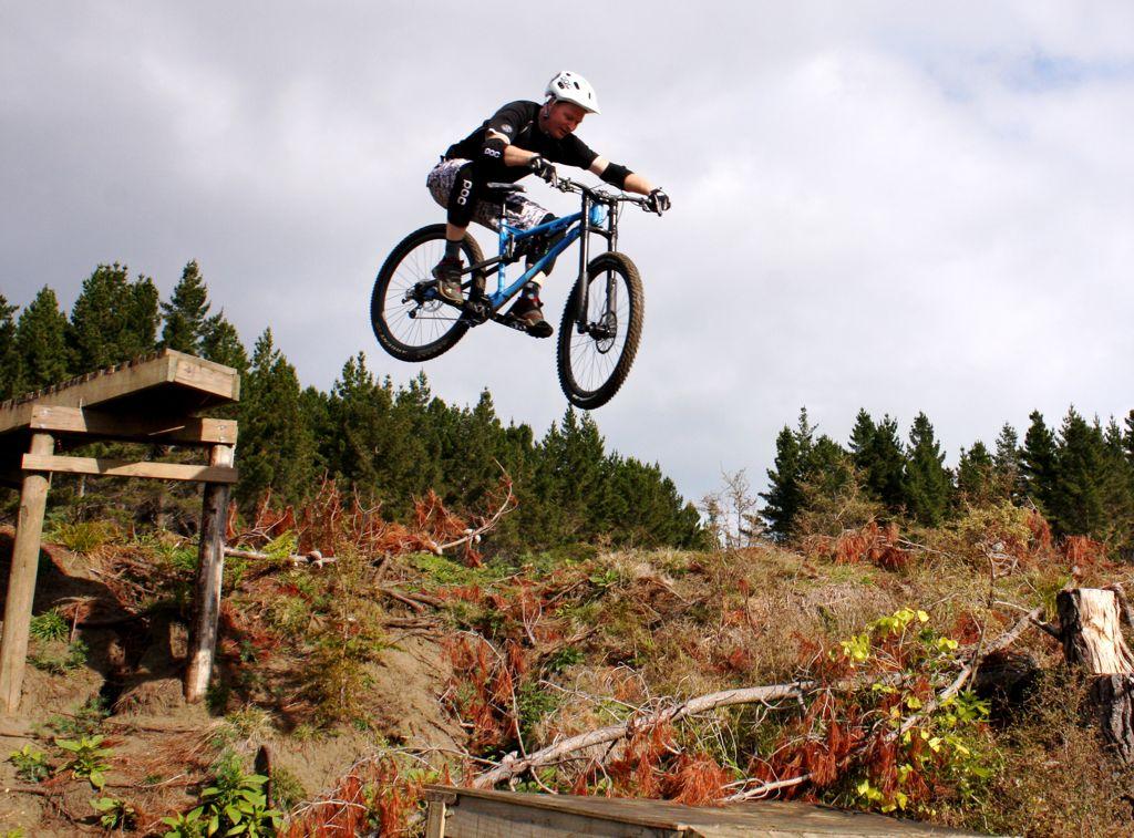 "29"" action shots.-woodyhill-3june2012-14.jpg"