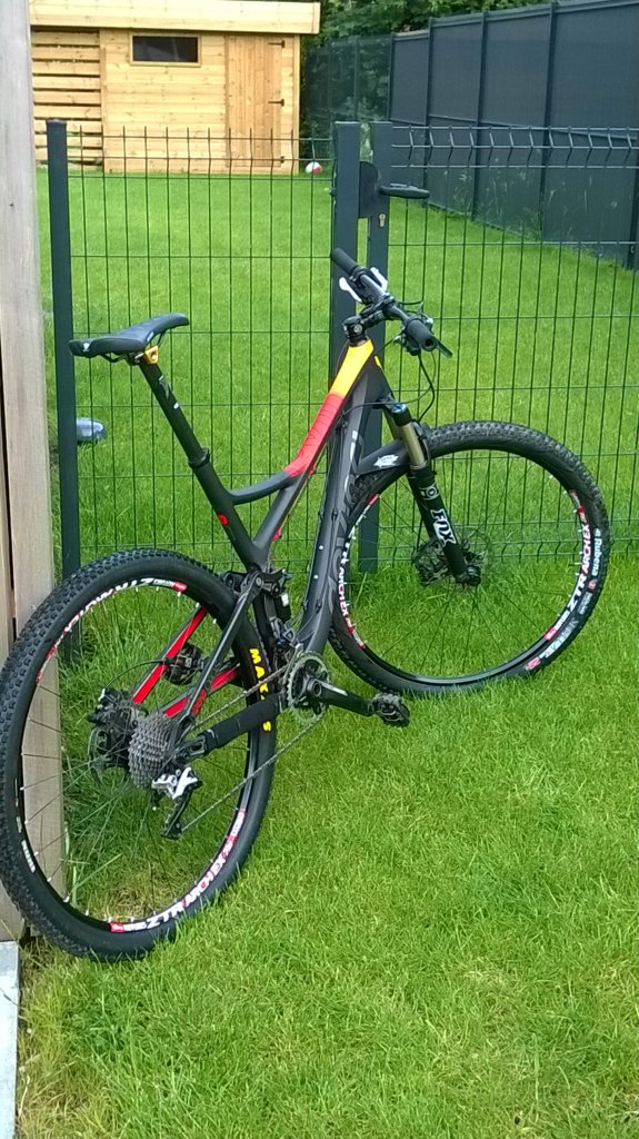 Devinci Atlas Carbon-wp_20140525_004.jpg