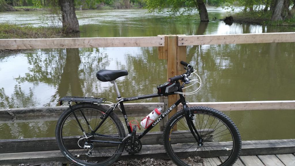 bike +  bridge pics-wp_20170508_18_00_47_pro.jpg
