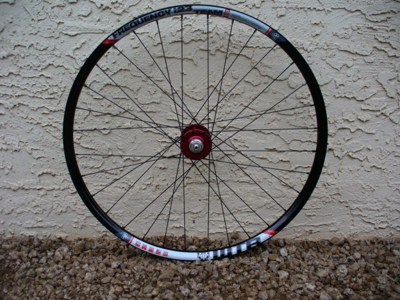 WTB Frequency i23 AM wheelset: alternative to Flow rims-wtb_frequency_i23_db14_ck_iso_front_side_mtbr.jpg