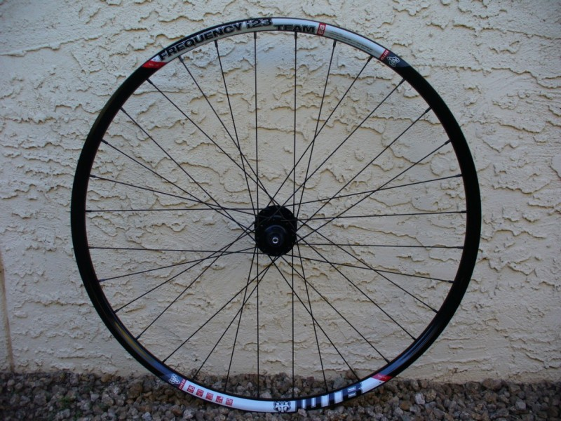WTB Frequency i23 AM wheelset: alternative to Flow rims-wtb_frequencyi23_db14_dts350_front_side.jpg