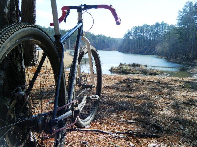Post pics of your FULLY RIGID SS 29er-ww-lake-howard.jpg