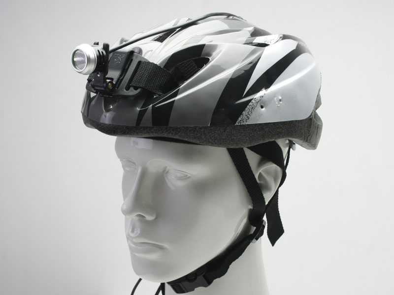 Introducing Xeccon + mtbRevolution-xeccon-geinea-helmet-mounted.jpg